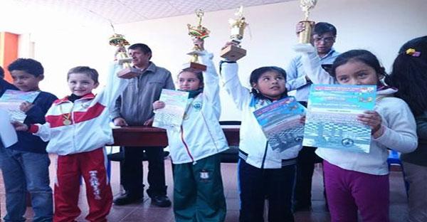Bolivia.- Vargas y Suárez irán al Festival de Ajedrez de la Juventud 2016