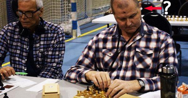Jugador ciego hacía trampas en el ajedrez