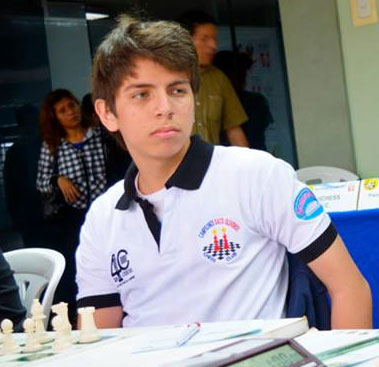 El peruano Brian Escalante está puntero en la Sub-18 absoluto a fanta de una ronda.