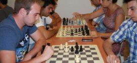 Chicos extremeños con autismo o asperger desarrollan su capacidades especiales y ocupan su ocio gracias al ajedrez