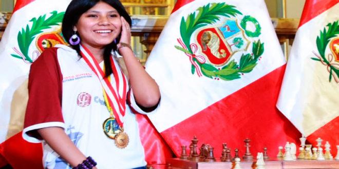 Deysi Cori presente en el torneo internacional de ajedrez de Piura