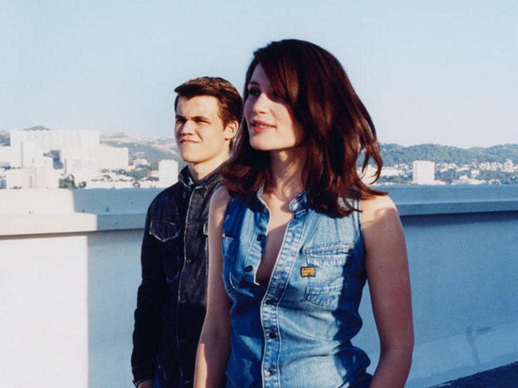 Magnus junto a Gemma Arterton en una de las imágenes de la campaña. G Star Raw