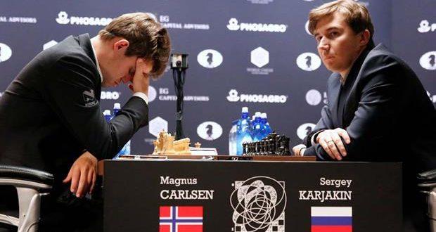 Mundial de ajedrez: Carlsen y Karjakin acordaron otro empate que extiende la incertidumbre
