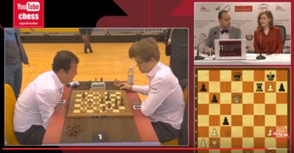 Magnus Carlsen tropieza en su estreno en el Mundial de Rápidas