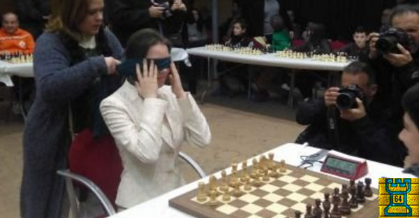 Valencia, Esp.- La campeona mundial de ajedrez Mariya Muzychuk deslumbra en Paterna