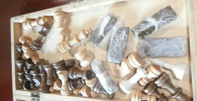 Argentina.- Guardaban droga hasta en un tablero de ajedrez