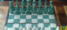 México.- Enseñan ajedrez en maya