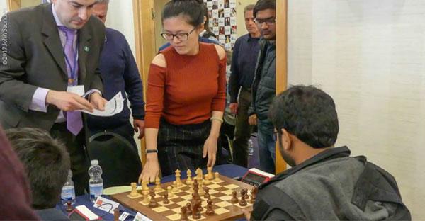 La campeona mundial Hou Yifan pierde en 5 movimientos ¿Por qué lo hizo?