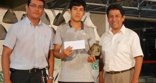 Perú.- Trujillano de 21 años es el nuevo campeón absoluto de ajedrez 2017