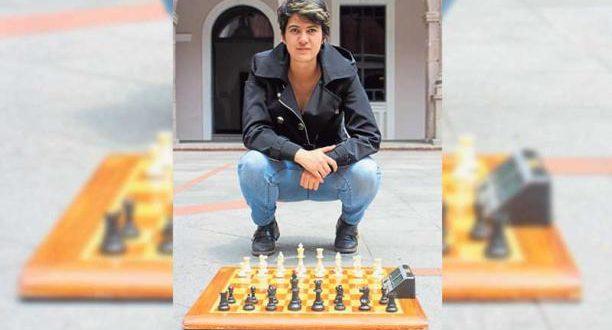 El ajedrez también se juega con música a alto volumen
