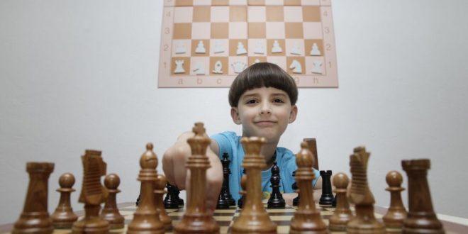 España.- El futuro del ajedrez gallego pasa por un niño de Noia de solo 8 años