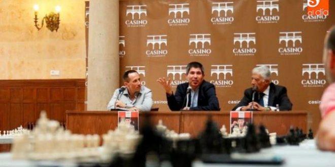 Julio Granda explica sus secretos para ser un campeón de ajedrez