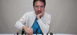 """""""Siempre asemejo el ajedrez a la vida real"""""""