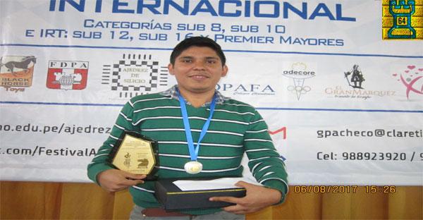 Lima, Per.- Renato Terry se proclama campeón del Festival Internacional Claretiano