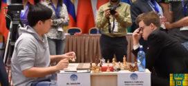 Magnus Carlsen pierde con el chino Bu y quedó con un pie fuera de la Copa del Mundo